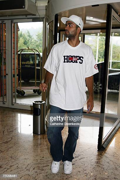 Tony Parker of the San Antonio Spurs arrives at the hotel for the NBA Europe Live Tour presented by EA SPORTS on October 1 2006 in Lyon France NOTE...