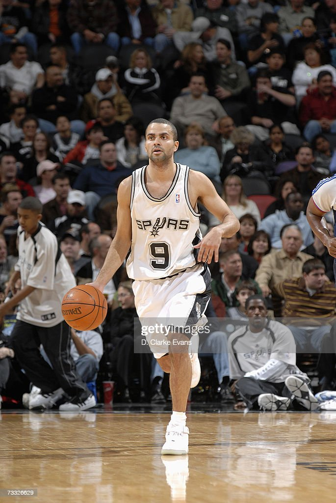 Tony Parker #9 of the San Antonio Spurs brings the ball upcourt against the Portland Trail Blazers on January 9, 2007 at AT&T Center in San Antonio, Texas. The Spurs won 98-84.