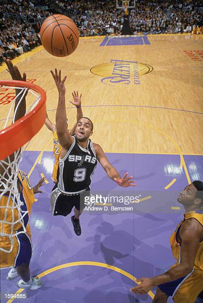 Tony Parker of the San Antonio Spurs shoots a layup during the NBA game against the Los Angeles Lakers at Staples Center on October 29 2002 in Los...