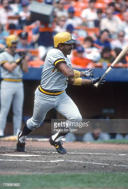 Tony Pena of the Pittsburgh Pirates bats against the New York Mets during an Major League Baseball game circa 1986 at Shea Stadium in the Queens...