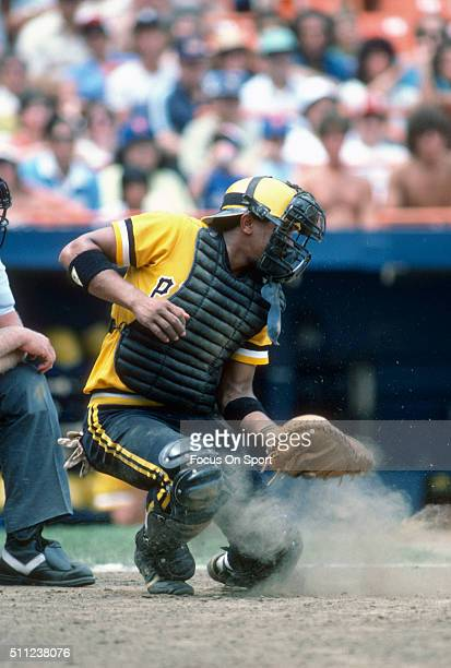 Tony Pena of the Pittsburgh Pirates in action against the New York Mets during an Major League Baseball game circa 1983 at Shea Stadium in the Queens...