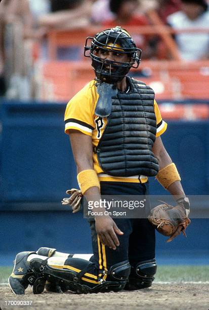Tony Pena of the Pittsburgh Pirates looks on from behind the plate against the New York Mets during an Major League Baseball game circa 1982 at Shea...