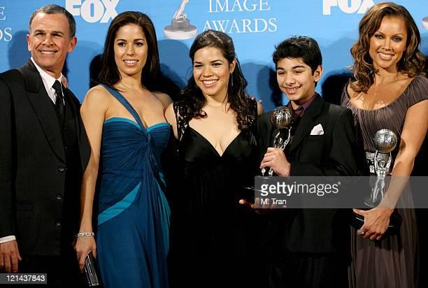 Tony Plana Ana Ortiz America Ferrera Mark Indelicato and Vanessa Williams of 'Ugly Betty' winner Outstanding Comedy Series