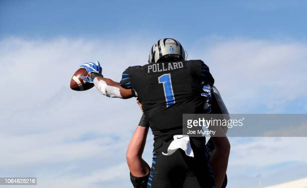 Tony Pollard of the Memphis Tigers celebrates a touchdown during the second half on November 23, 2018 at Liberty Bowl Memorial Stadium in Memphis,...