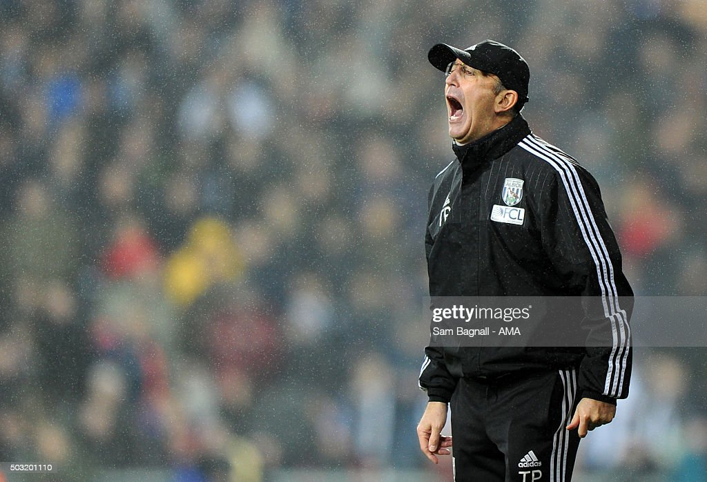 Tony Pulis manager / head coach of West Bromwich Albion during the Barclays Premier League match between West Bromwich Albion and Stoke City at The Hawthorns on January 02, 2016 in West Bromwich, England.