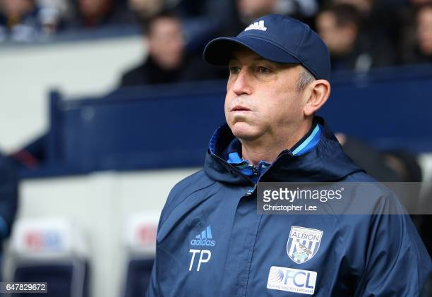 Tony Pulis Manager of West Bromwich Albion looks on during the Premier League match between West Bromwich Albion and Crystal Palace at The Hawthorns...