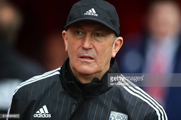 Tony Pulis manager of West Bromwich Albion looks on prior to the Barclays Premier League match between Sunderland and West Bromwich Albion at Stadium...