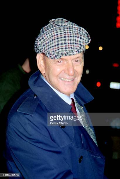 Tony Randall during Tony Randall exits the Lyceum Theater after The Seagull January 11 1990 at Lyceum Theater in New York City New York United States