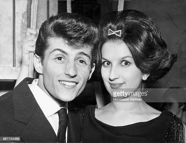 Tony Renis born Elio Cesari next to his friend the singer Mina the Italian singer won with his song Tenerezza the second edition of Sei Giorni della...