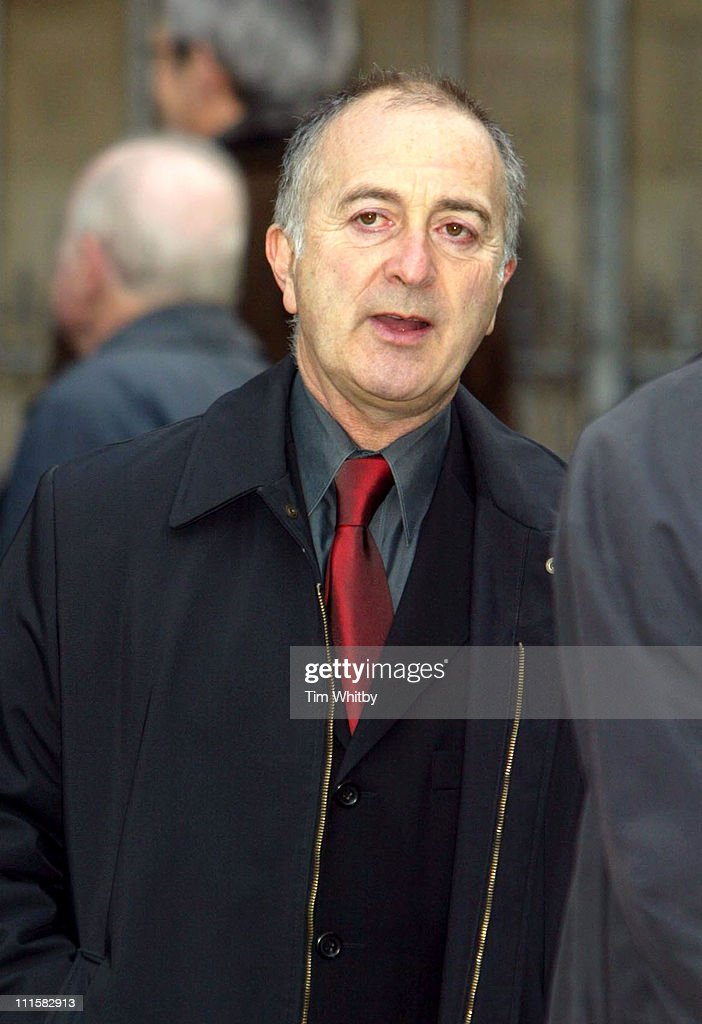 Tony Robinson attends Memorial Servic e for former Labour Minister Robin Cook.