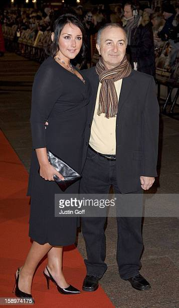 Tony Robinson Louise Hobbs Attend 'The Blood Diamond' Uk Film Premiere At The Odeon Cinema In London'S Leicester Square
