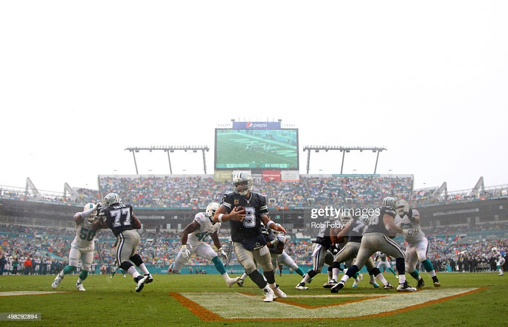 Tony Romo #9 of the Dallas Cowboys in action during the first quarter of the game against the Miami Dolphins at Sun Life Stadium on November 22, 2015 in Miami Gardens, Florida.