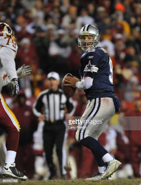 Tony Romo of the Dallas Cowboys passes during the game against the Washington Redskins at FedExField on December 27 2009 in Landover Maryland The...