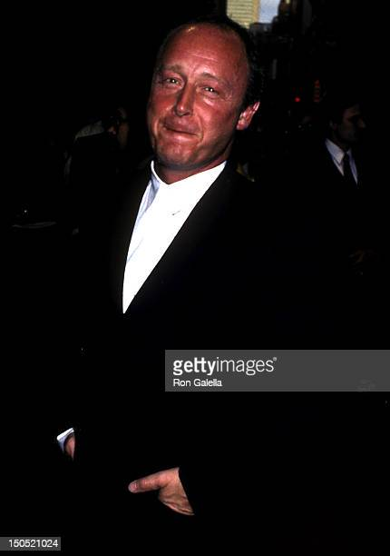 Tony Scott attends the premiere of 'Top Gun' on May 12 1986 at the Americana Hotel in New York City