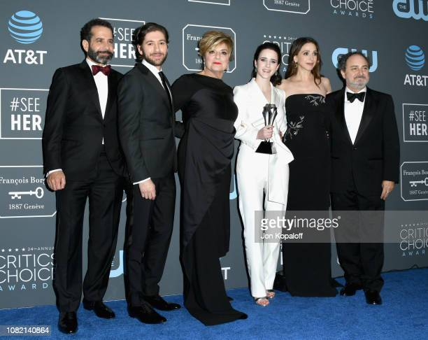 Tony Shalhoub Michael Zegen Caroline Aaron Rachel Brosnahan holding the the Best Actress in a Comedy Series award for 'The Marvelous Mrs Maisel'...