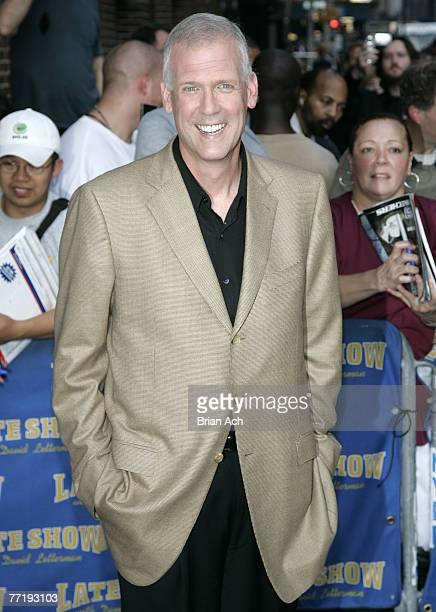 """Tony Snow visits """"The Late Show with David Letterman"""" on October 4, 2007 at the Ed Sullivan Theatre in New York City."""