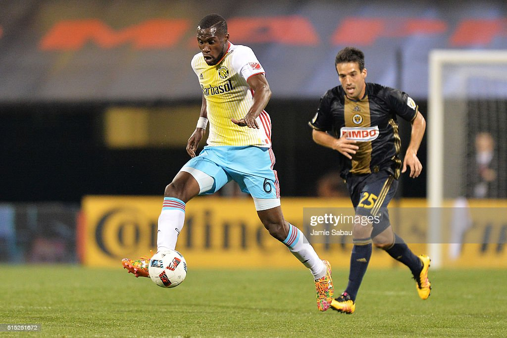 Tony Tchani #6 of the Columbus Crew SC controls the ball in front of Ilsinho #25 of the Philadelphia Union in the second half on March 12, 2016 at MAPFRE Stadium in Columbus, Ohio. Philadelphia defeated Columbus 2-1.