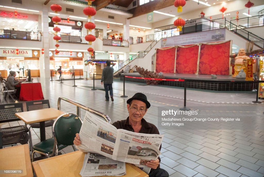 Tony Trinh Of Westminster Reads The Nguoi Viet Daily News In Little Saigon S Asian