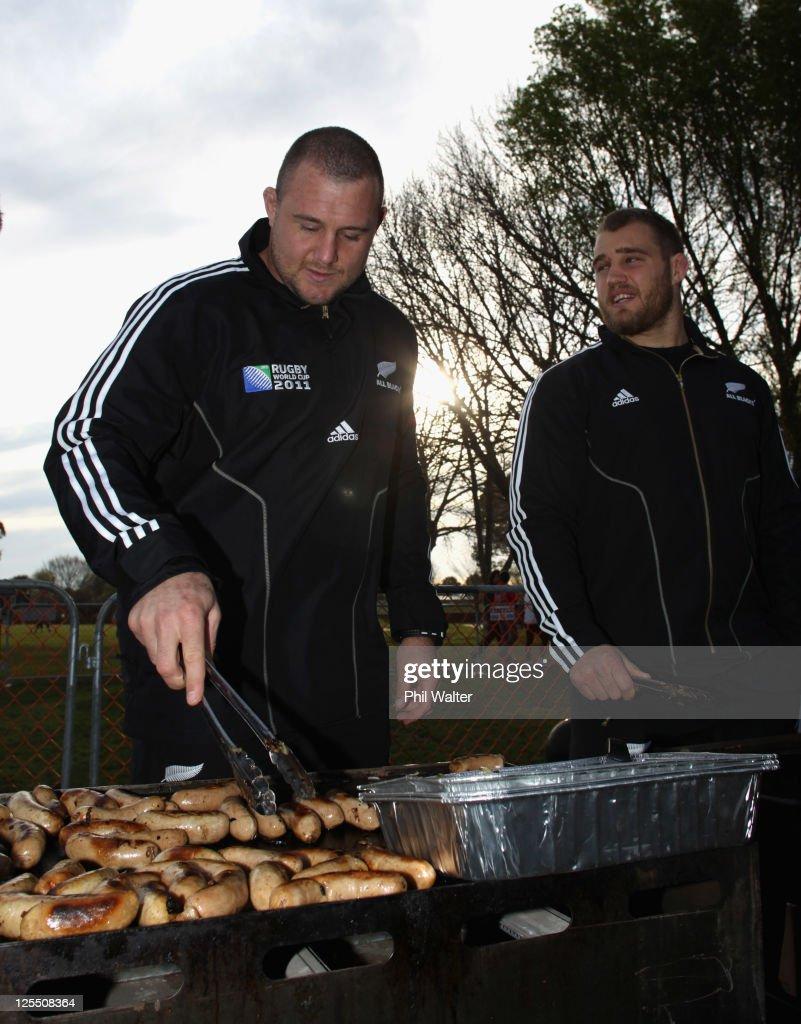 New Zealand IRB RWC 2011 Fan Day : News Photo