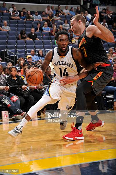 Tony Wroten of the Memphis Grizzlies handles the ball against the Atlanta Hawks during a preseason game on October 6 2016 at the Toyota Center in...