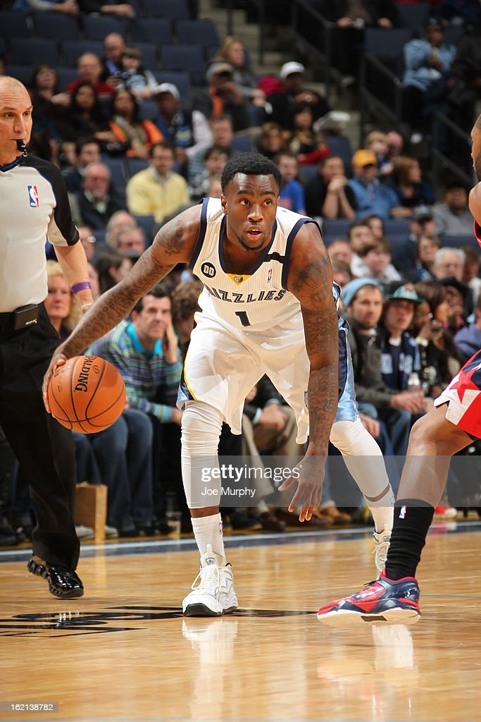 Tony Wroten #1 of the Memphis Grizzlies looks to drive to the basket against the Washington Wizards on February 1, 2013 at FedExForum in Memphis, Tennessee.