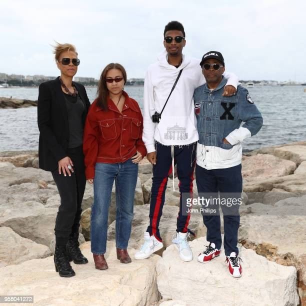 Tonya Lewis Lee and Spike Lee with children Satchel Lee and Jackson Lee attend the photocall for The Blackhouse Foundation Host Brunch Honouring...