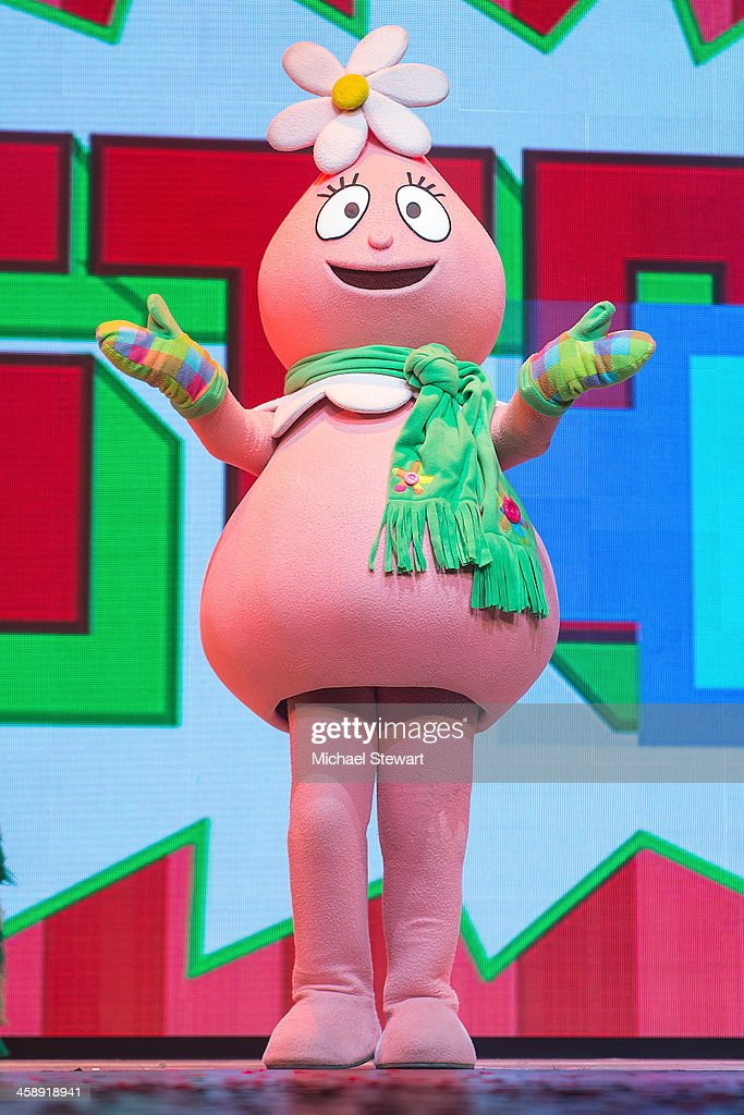 Toodee performs during 'Yo Gabba Gabba! Live!' at The Beacon Theatre on December 22, 2013 in New York City.