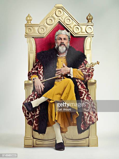 i took the throne peacefully...true story.. - koning koninklijk persoon stockfoto's en -beelden