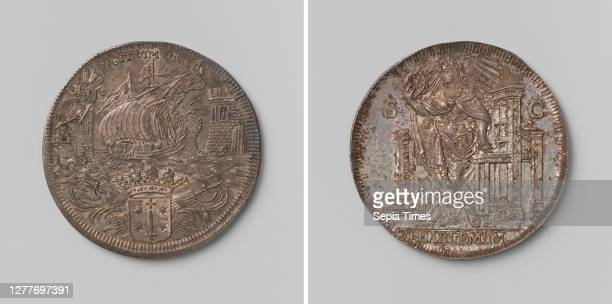Tool token from the city of Haarlem, Silver Medal. Front: shot by arrows, the ship chain runs through the middle, strung between two towers of the...