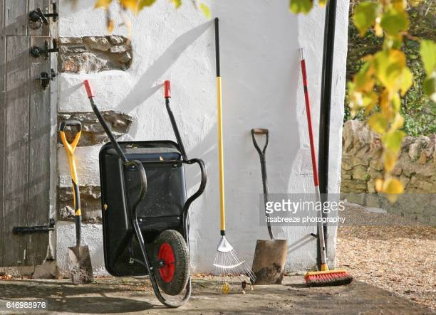 tools for gardening - gardening equipment stock pictures, royalty-free photos & images