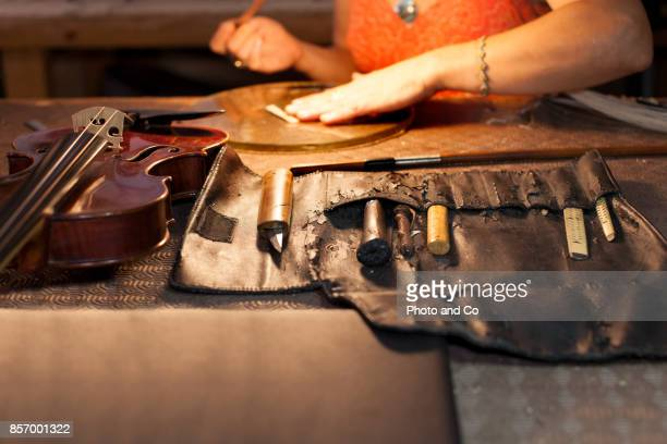 tools of luthier