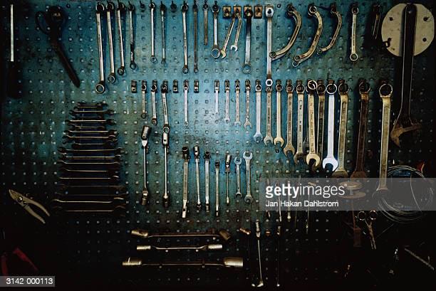 tools on wall - werkzeug stock-fotos und bilder