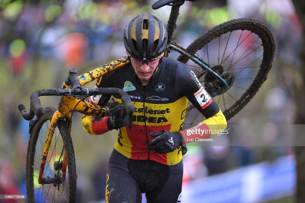 30th WC GP Adrie Van der Poel Hoogerheide 2019 - Men Elite : ニュース写真