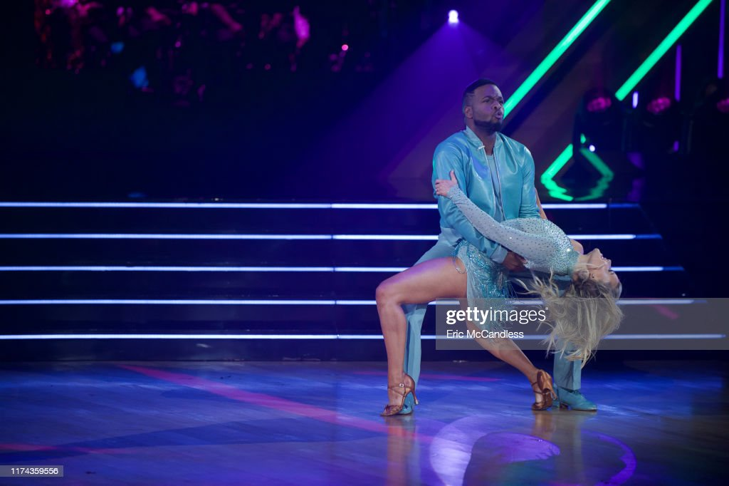 "ABC's ""Dancing With the Stars"" - Season 28 - Week Four : News Photo"