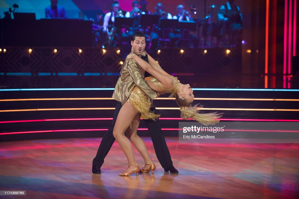 "ABC's ""Dancing With the Stars"" - Season 28 - Week Four : News Photo"