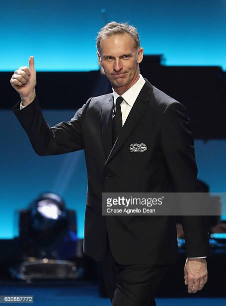 Top 100 player Dominik Hasek waves to the crowd after being introduced during the NHL 100 presented by GEICO show as part of the 2017 NHL All-Star...