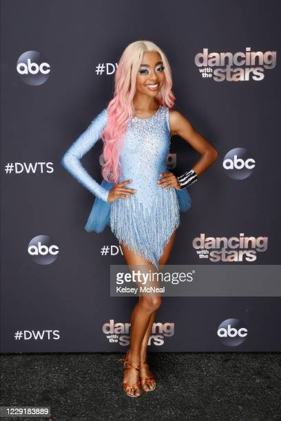 STARS Top 11 More dances and more music as 11 celebrity and prodancer couples compete for this season's sixth week live MONDAY OCT 19 on ABC SKAI