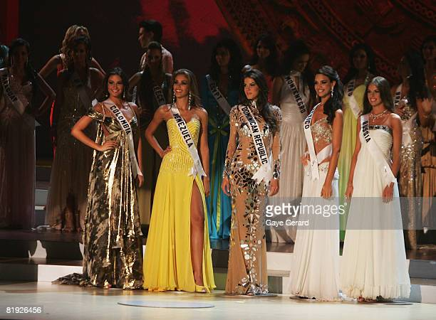 Top 5 Finalists Miss Colombia Taliana Vargas Miss Venezuela Dayana Mendoza Miss Dominian Republic Marianne Cruz Gonzalez Miss Mexico Elisa Najera and...