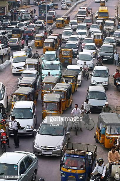 top angle view of traffic on road - hyderabad india stock pictures, royalty-free photos & images