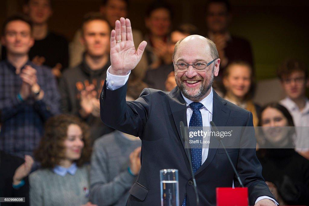 Social Democrats Leadership Nominates Martin Schulz As Chancellor Candidate : News Photo