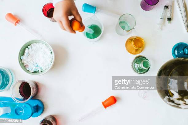 top down science kit - science stock pictures, royalty-free photos & images