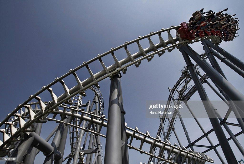 Top Gun roller coaster at Canada's Wonderland. : Stock-Foto