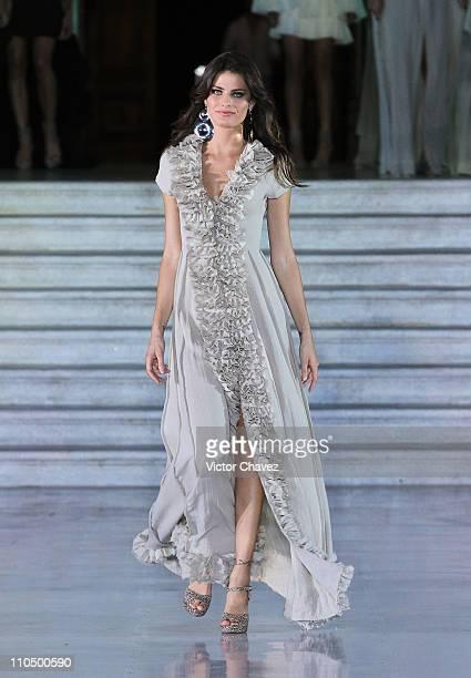 Top model Isabeli Fontana walks the runway at the Kris Goyri fashion show during the Yucatan Moda Nextel 2011 at Quinta Montes Molina on March 19...