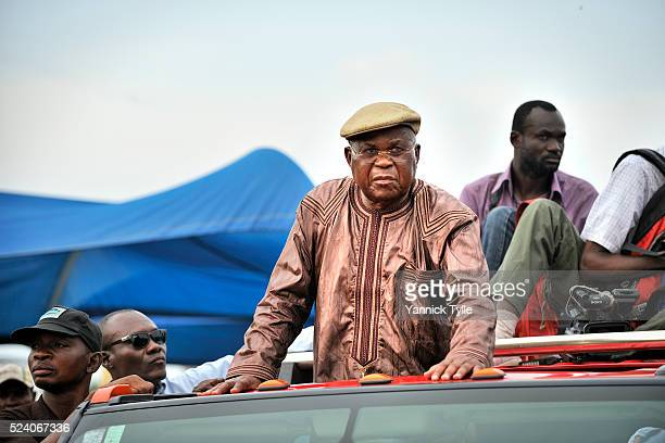 Top opposition leader Etienne Tshisekedi blocked by police in Kinshasa captial of the Dem Rep of Congo The veteran politician vowed to hold a public...