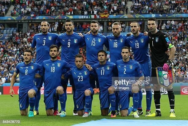 top row Giorgio Chiellini of Italy Graziano Pelle of Italy Andrea Barzagli of Italy Daniele De Rossi of Italy Leonardo Bonucci of Italy goalkeeper...