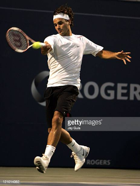 Top seed Roger Federer of Switzerland in action vs Dmitry Tursunov of Russia in the Rogers Cup ATP Master Series tennis tournament at the Rexall...
