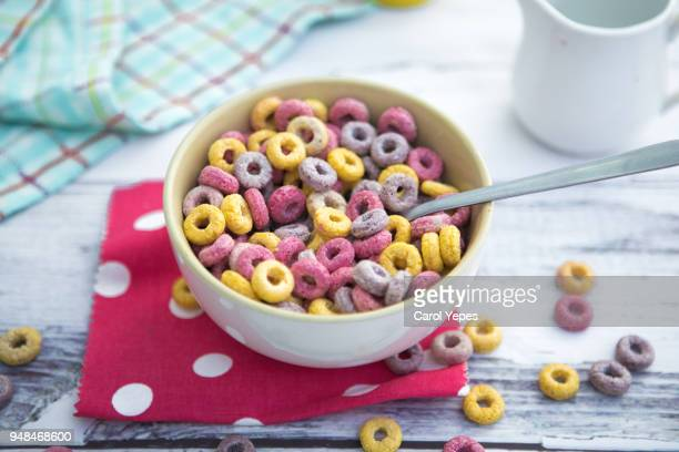 top view bowl of colorful loops cereals for breakfast - cereal - fotografias e filmes do acervo