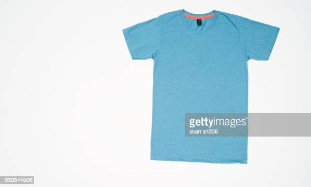 top view colourful t-shirt collage and compose - maglietta foto e immagini stock