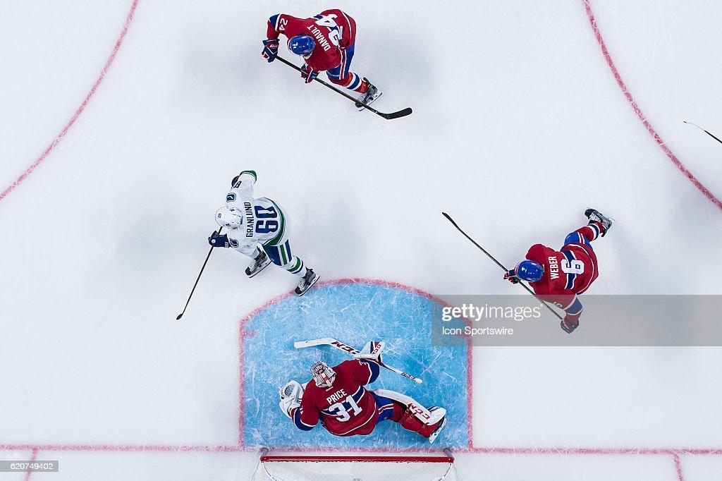 NHL: NOV 02 Canucks at Canadiens : News Photo