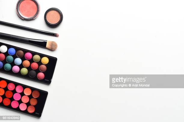 top view of makeup brush and cosmetic isolated on a white background copy space - stage make up stock pictures, royalty-free photos & images